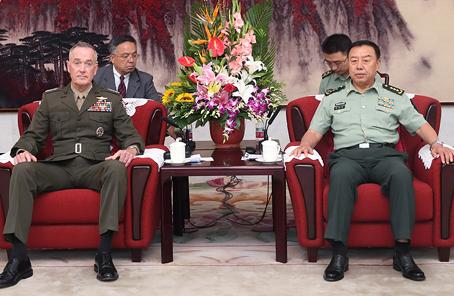 范長龍會見美軍參聯會主席鄧福德