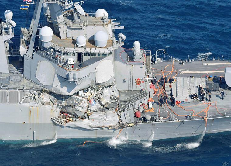 """美軍將處分""""菲茨傑拉德""""號撞船事故責任人員"""