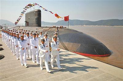 東海艦隊某潛艇支隊聚焦強軍目標積極練兵備戰紀實