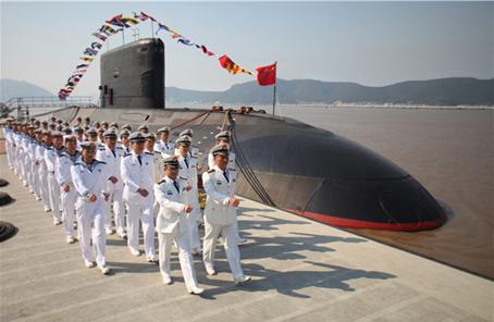 """""""深海利劍"""":揭秘主戰東海的海軍某潛艇支隊"""