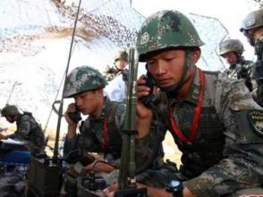 第82集團軍某合成旅官兵對抗演習緊貼實戰