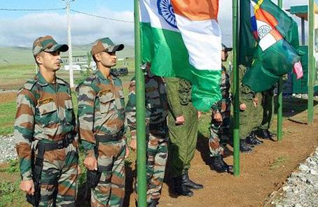 印度俄羅斯開始首次三軍聯合軍演 為期10天