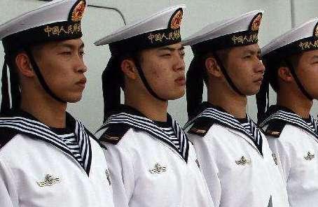 """海軍戰鬥力生成""""孵化器""""!他們在風浪中打響新年第一戰"""