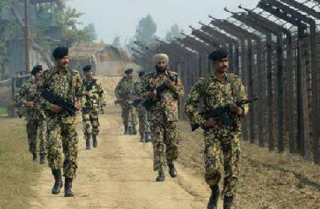 """印度將為""""前線士兵""""緊急採購16萬槍支"""