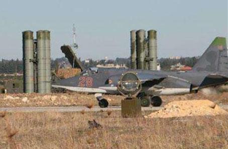 叙利亚一处空军基地遭导弹袭击 造成多人死伤