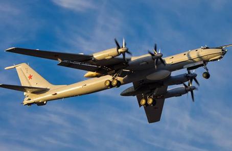 美英核潜艇北极演习 俄军反潜机追踪侦察