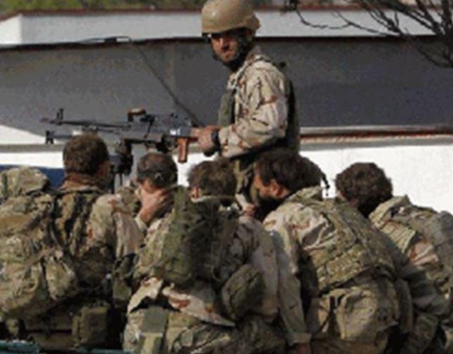 """阿富汗北部一检查站遭""""内部人员""""袭击两人死亡"""