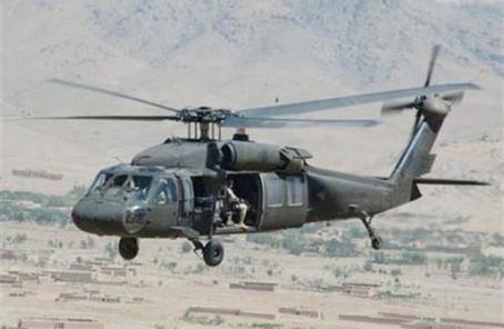 """阿富汗飞行员将能驾驶""""黑鹰""""直升机作战"""