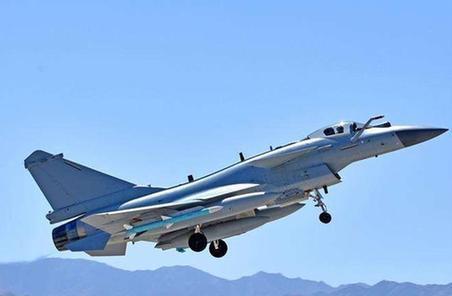 """空軍""""紅劍-2018""""演習助力作戰指揮能力建設提升"""