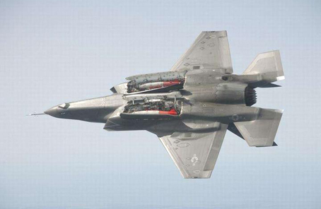 S-300導彈對決F-35戰機,誰是王者