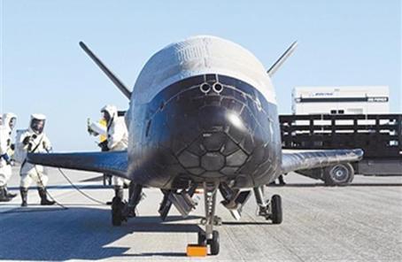"""上探太空下探地球 這架美國太空飛機並不""""安分"""""""