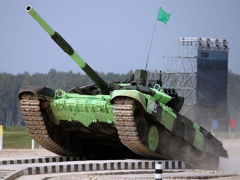 """俄駐塔吉克斯坦軍事基地升級大批軍事裝備,換裝""""坦克大賽""""型主戰坦克"""