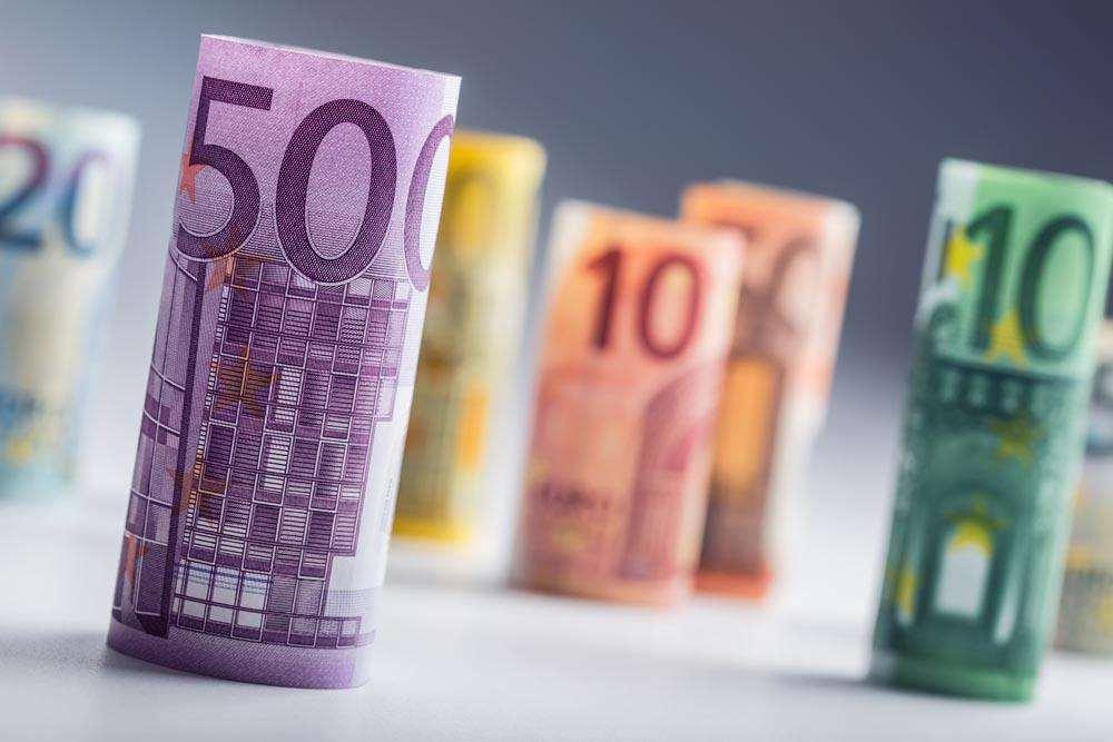 專家提醒:企業應積極防范匯率風險