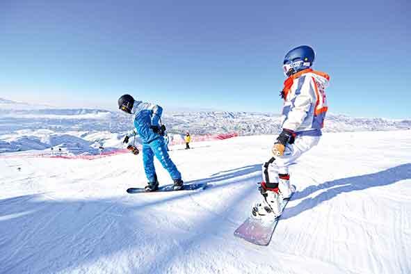 滑雪板上放飞梦想