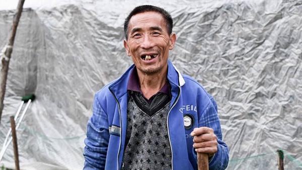 """""""脱贫致富领头羊""""杨书春"""