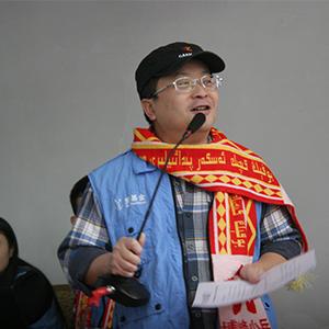 """""""扎根新疆的公益行者""""楊軍"""