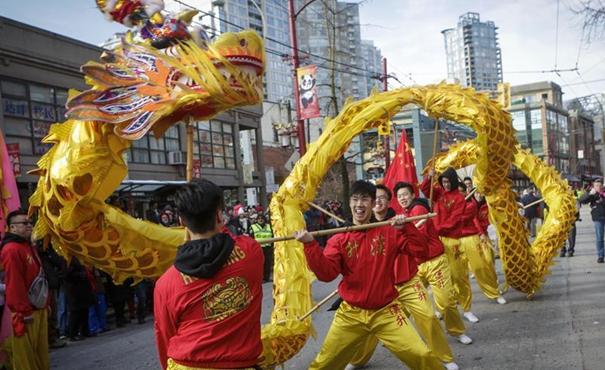 溫哥華舉行第45屆春節大遊行