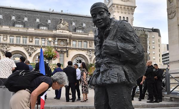 一戰華工雕像在巴黎裏昂火車站落成