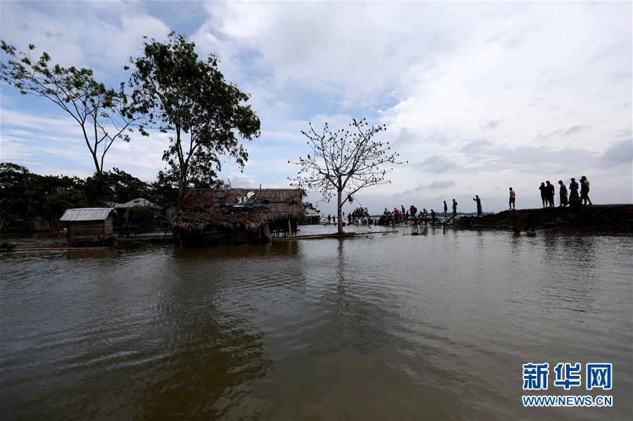 """热带气旋""""法尼""""登陆孟加拉国 造成6人死亡、60余人受伤"""