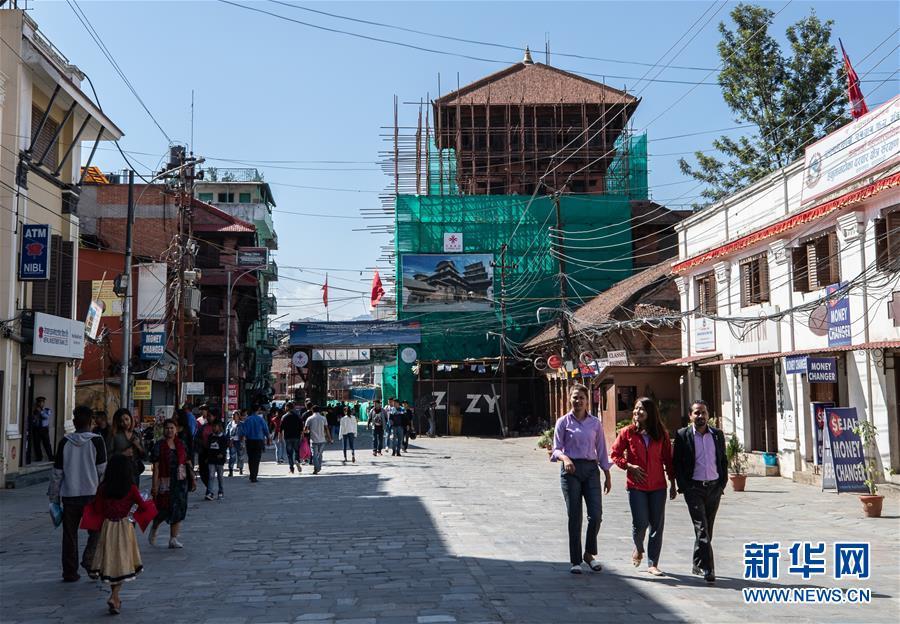 (习近平出访配合稿·图文互动)(7)通讯:尼泊尔工艺家和中国文物修复师的历史之约
