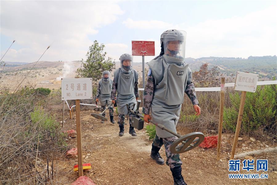 (國際·圖文互動)(1)她們在雷場成長——記中國赴黎維和掃雷女兵