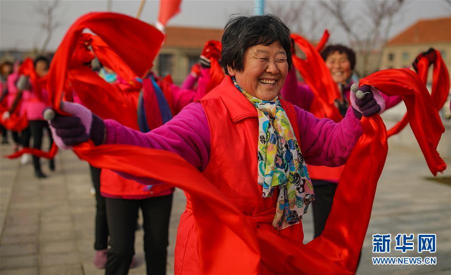 #(社會)(2)山東榮成:民俗表演迎新春