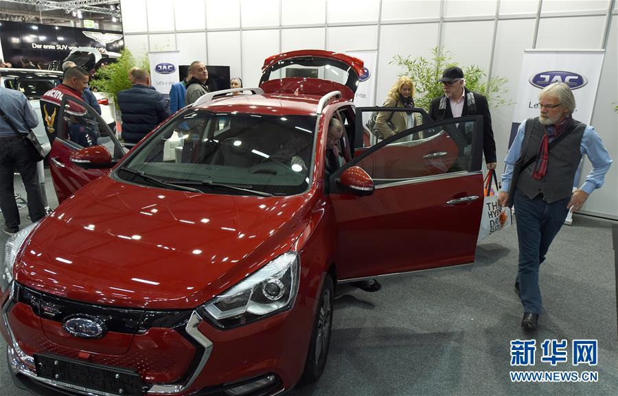 维也纳车展开幕 中国电动汽车亮相