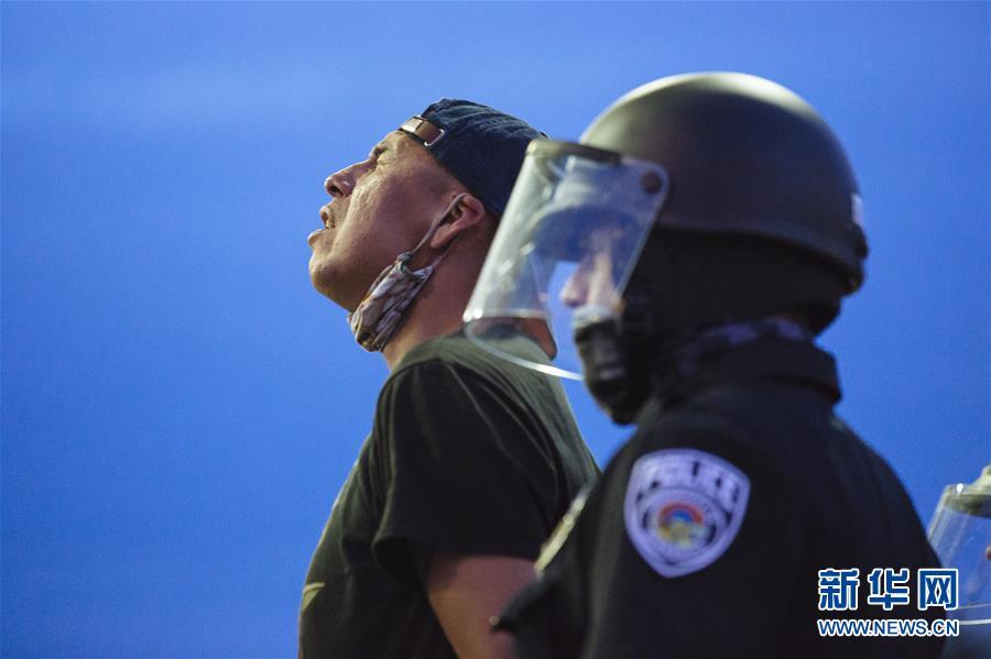 (國際)(5)美國明尼阿波利斯的抗議示威活動持續