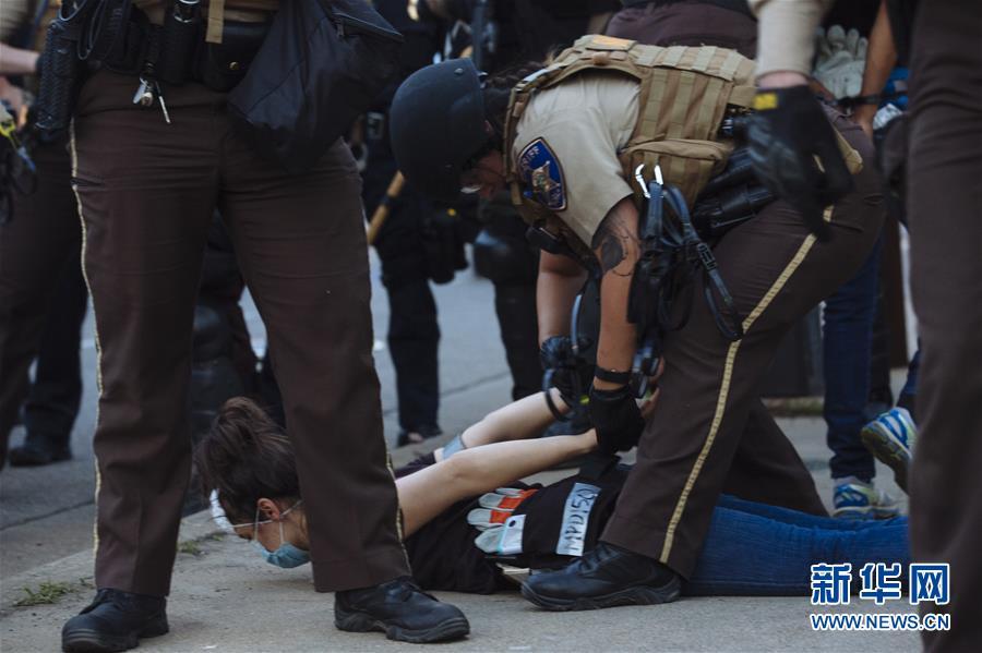 (國際)(9)美國明尼阿波利斯的抗議示威活動持續