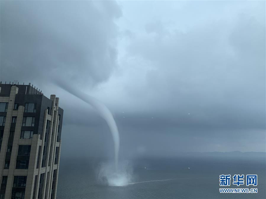 (環境)遼寧大連海域出現海上龍卷風