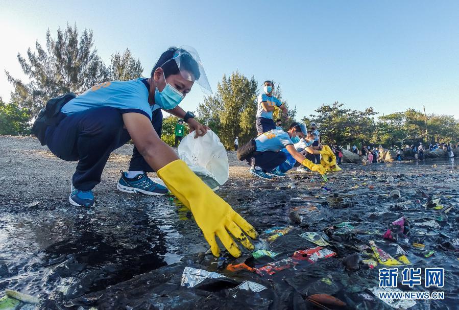 世界野生动植物日|菲律宾:清理海滩
