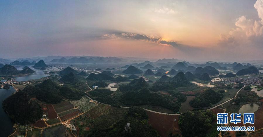 云南:春日普者黑