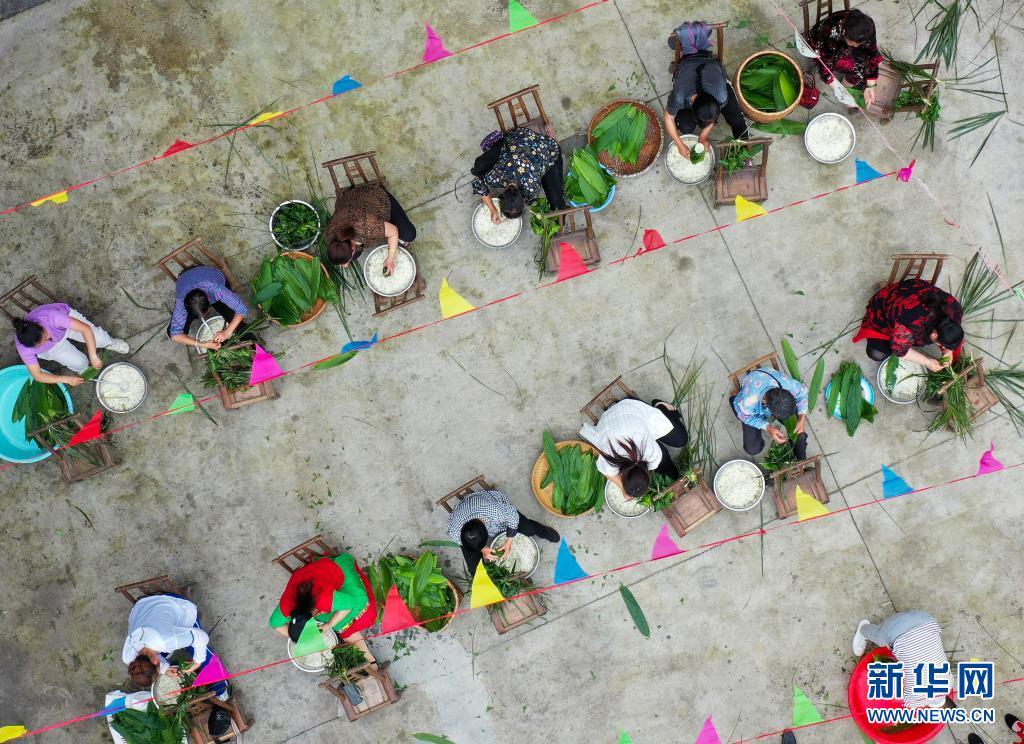 我们的节日 贵州玉屏:棕香迎端午
