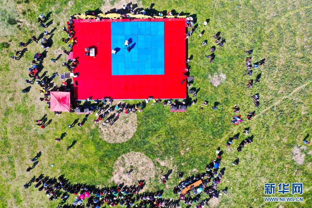 新疆福海百万阿勒泰羊转场文化旅游节开幕 为期3天
