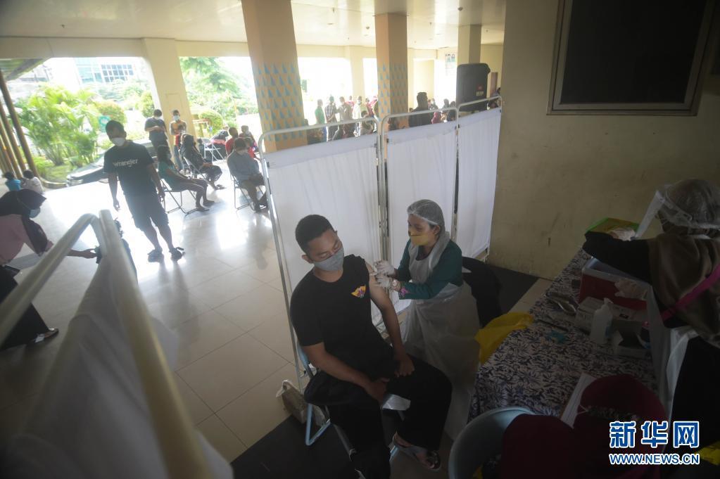 数据:印尼单日新增新冠确诊病例12624例