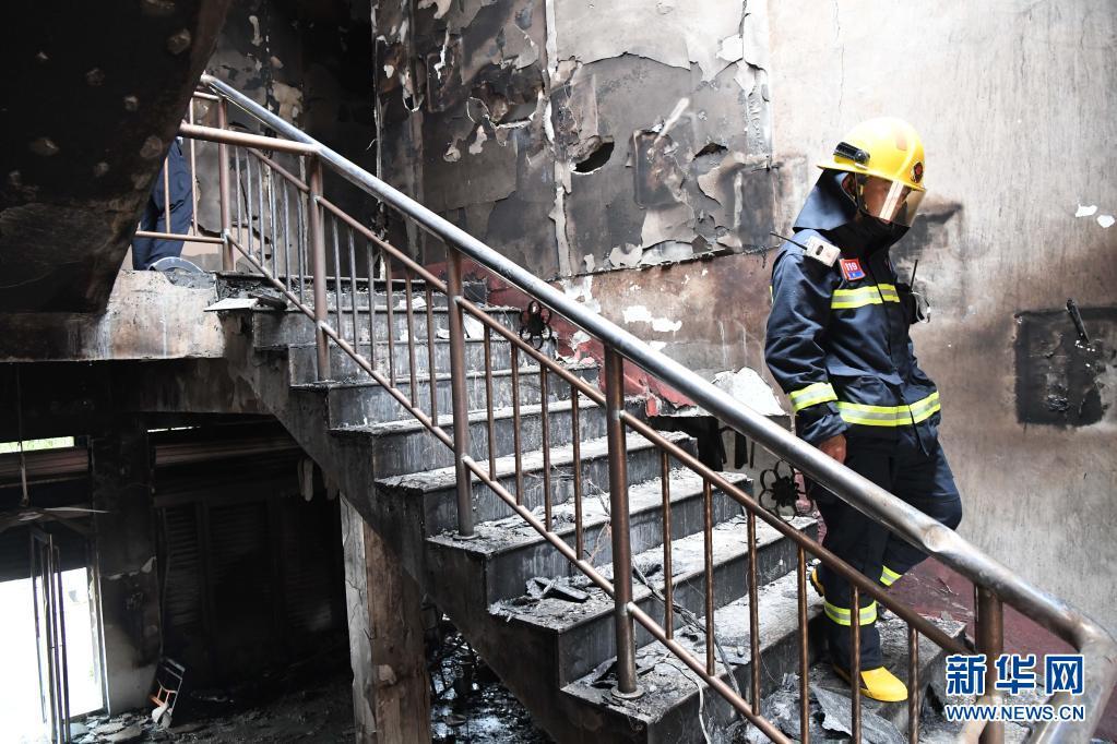 直击:河南柘城发生重大火灾事故 已致18人死亡