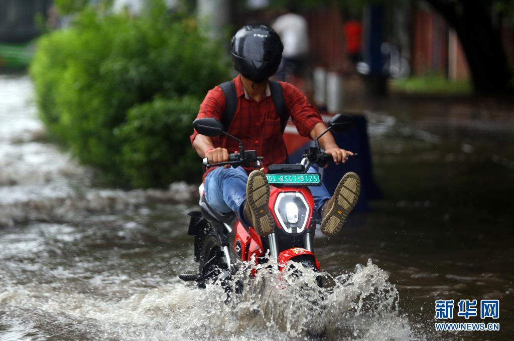直击:印度的季风雨季