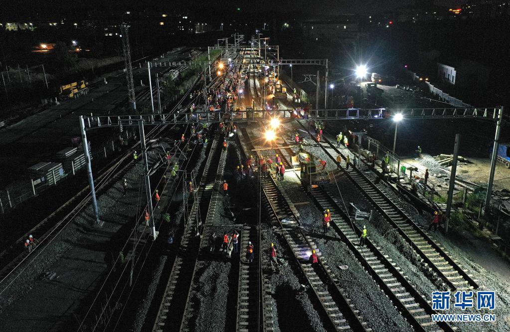 安九高铁庐山站完成武九客专正线拨接 设计时速350公里