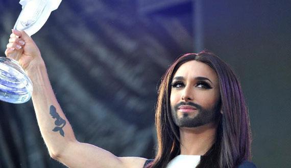 """奧地利""""大胡子小姐""""在維也納舉行演唱會"""