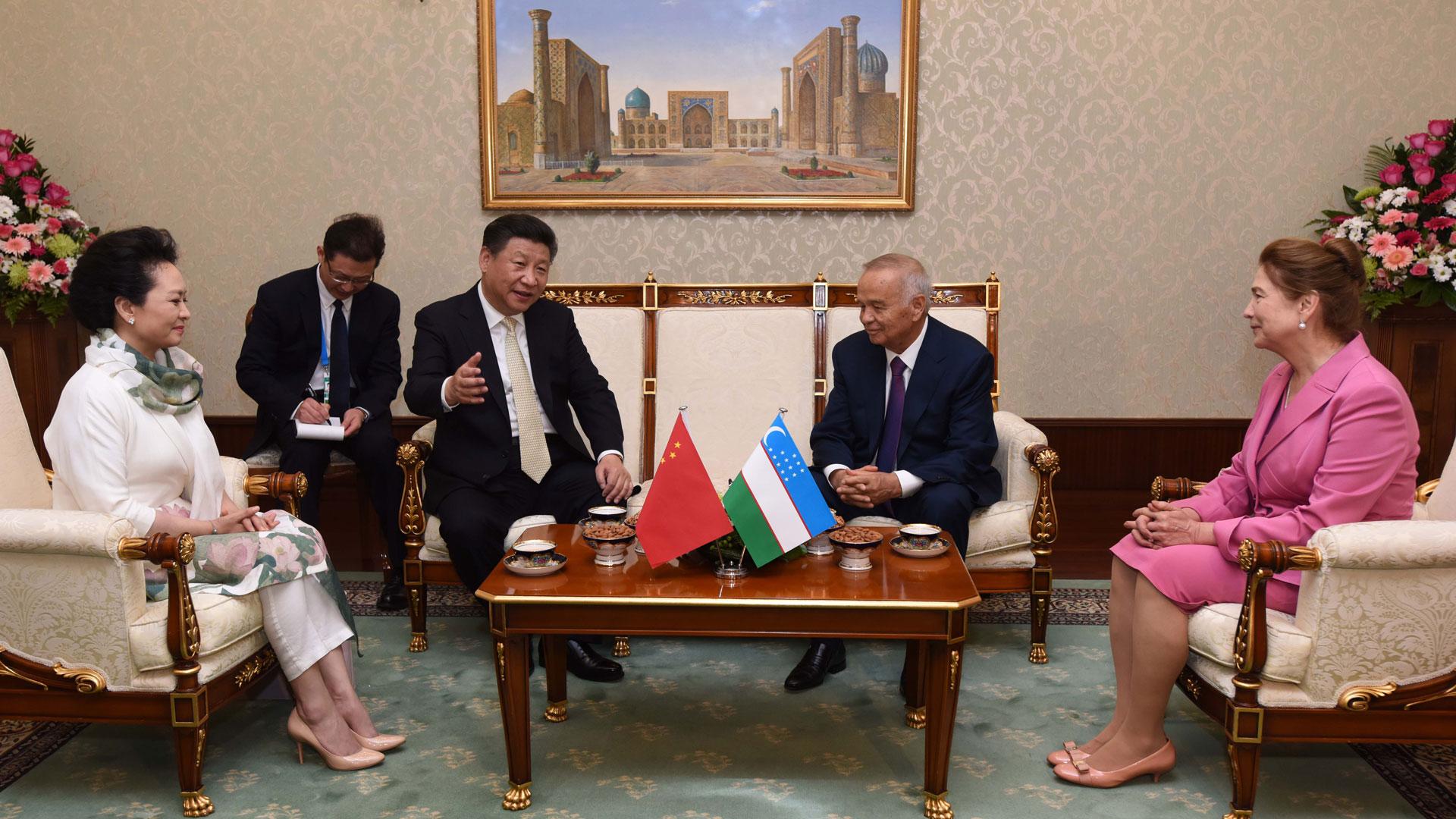習近平抵達烏茲別克斯坦首都塔什幹