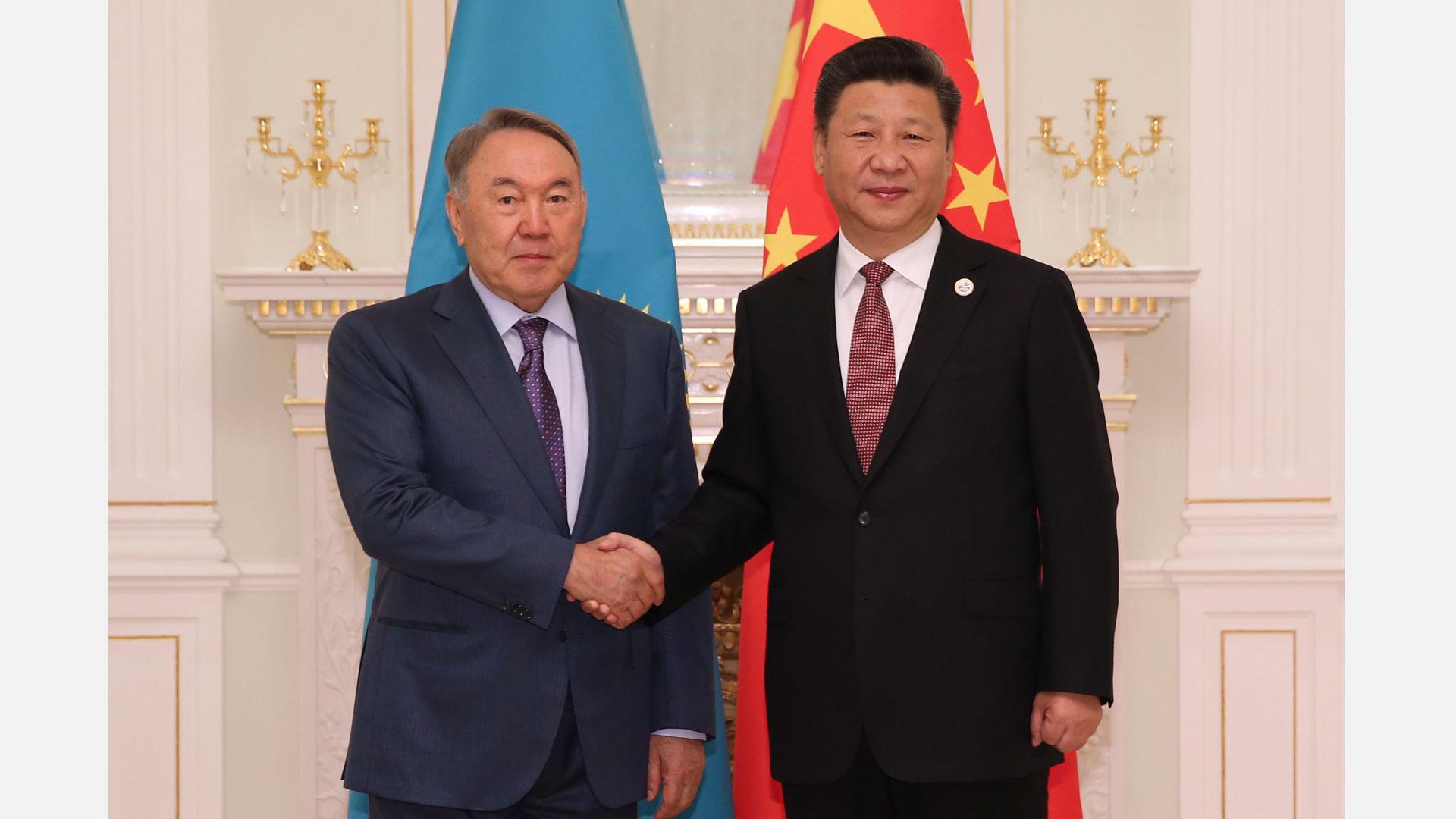 哈萨克斯坦总统-习近平新年贺词图片