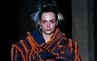 巴黎時裝周:三宅一生發布秋冬女裝成衣新品