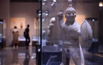 中国古代人物俑特展在西安展出