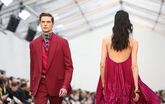米兰时装周:Roberto Cavalli品牌发布秋冬新品