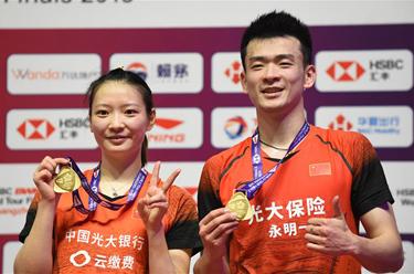 羽毛球——世界巡回賽總決賽:鄭思維/黃雅瓊混雙奪冠