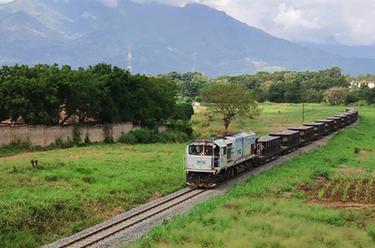 通訊:青春,在非洲的原野上綻放——記中企承建坦桑尼亞中央線鐵路修復改造項目的年輕人