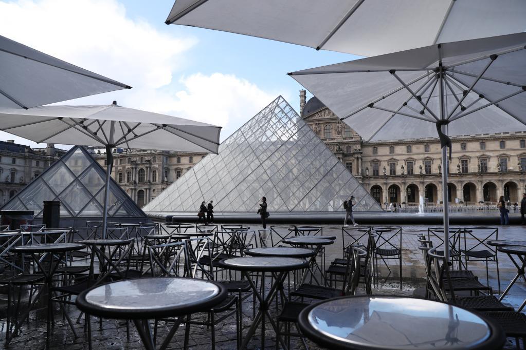 法國餐館恢復營業