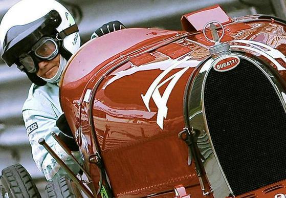 F1古董車大獎賽 盡顯老爺車風採