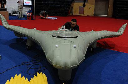 中國神秘軟體飛機首次公開展出