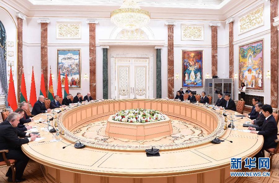 5月10日,國家主席習近平在明斯克同白俄羅斯總統盧卡申科舉行會談。 新華社記者謝環馳攝